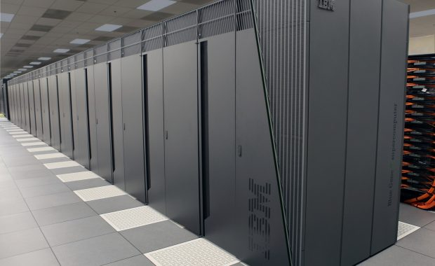 Serverraum mit IBM-Host-Rechnern