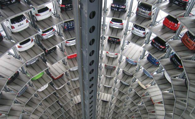 Auslieferungsturm von VW
